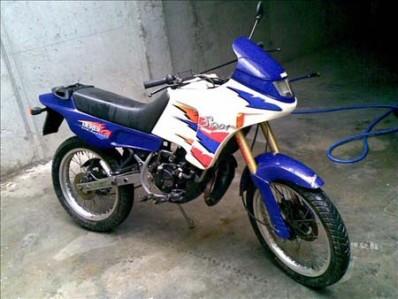 deposito-gasolina-derbi-senda-50-1999-2001.jpg