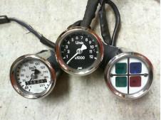 Relojes universales caferace y testigos